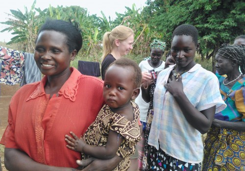 Uganda, 2013 helmikuu