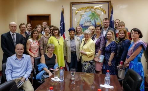 Naisten Pankin edustajat tapasivat Liberian presidentin - Naisten Pankki
