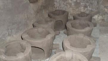 Gaza bakery pots Naisten Pankki