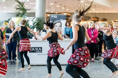 Helsinki Kävele Naiselle Ammatti 2014 400