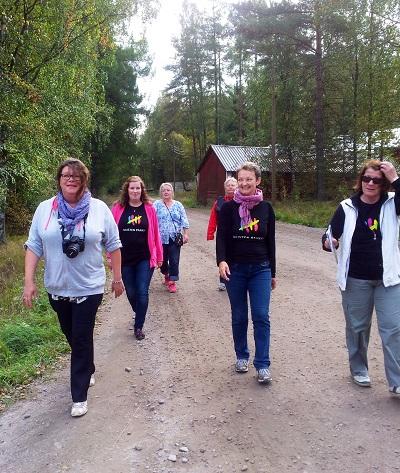 Naisten Pankki Pietarsaari Kävele Naiselle Ammatti 2014 400