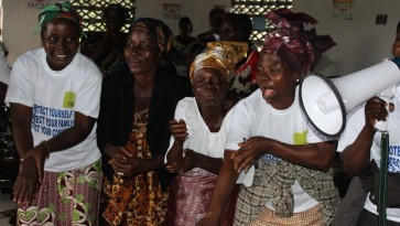 Liberia taistelua ebolaa vastaan 880