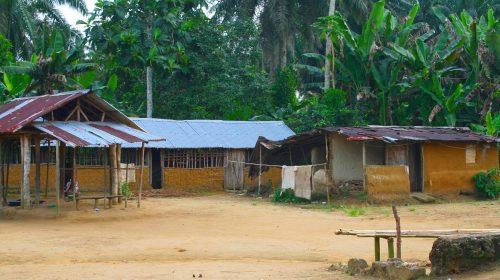 Glozonin kylä on tyypillinen liberialainen kylä.