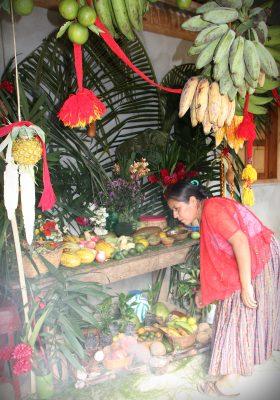 guate-maya-alttari