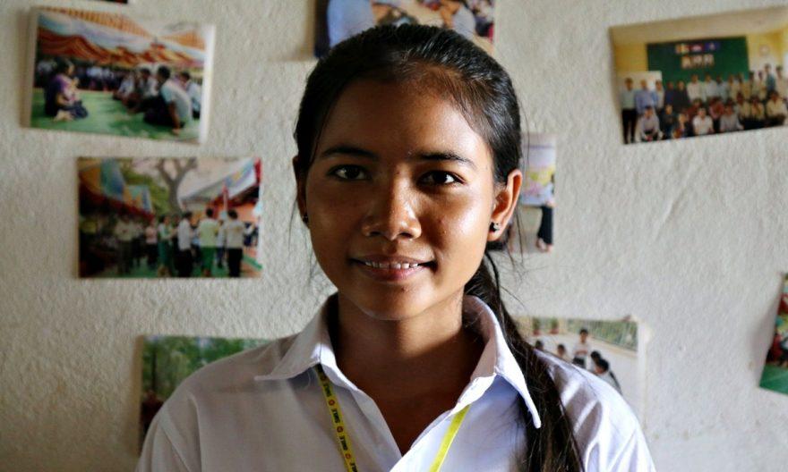 stipendi tytölle Kambodza